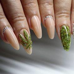 Marihuana na paznokciach